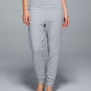Lululemon Atman Pants size 10
